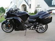 2011 KAWASWAKI CONCOURS 1400 Motorcucle